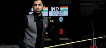 Bengaluru: Pankaj Advani of India during BSF World Billiards Championship in 500 long-up format, in Bengaluru on Dec 7, 2016. (Photo: IANS)