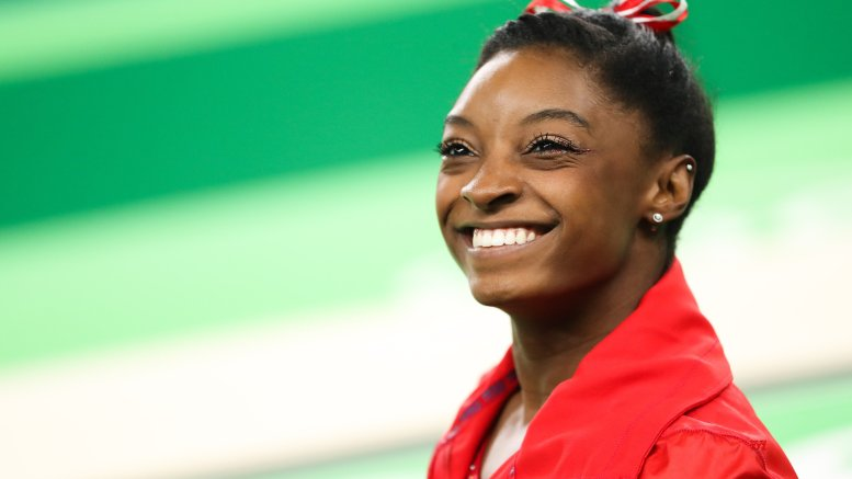 Biles' jaw-dropping moves help US top World Gymnastics qualifier