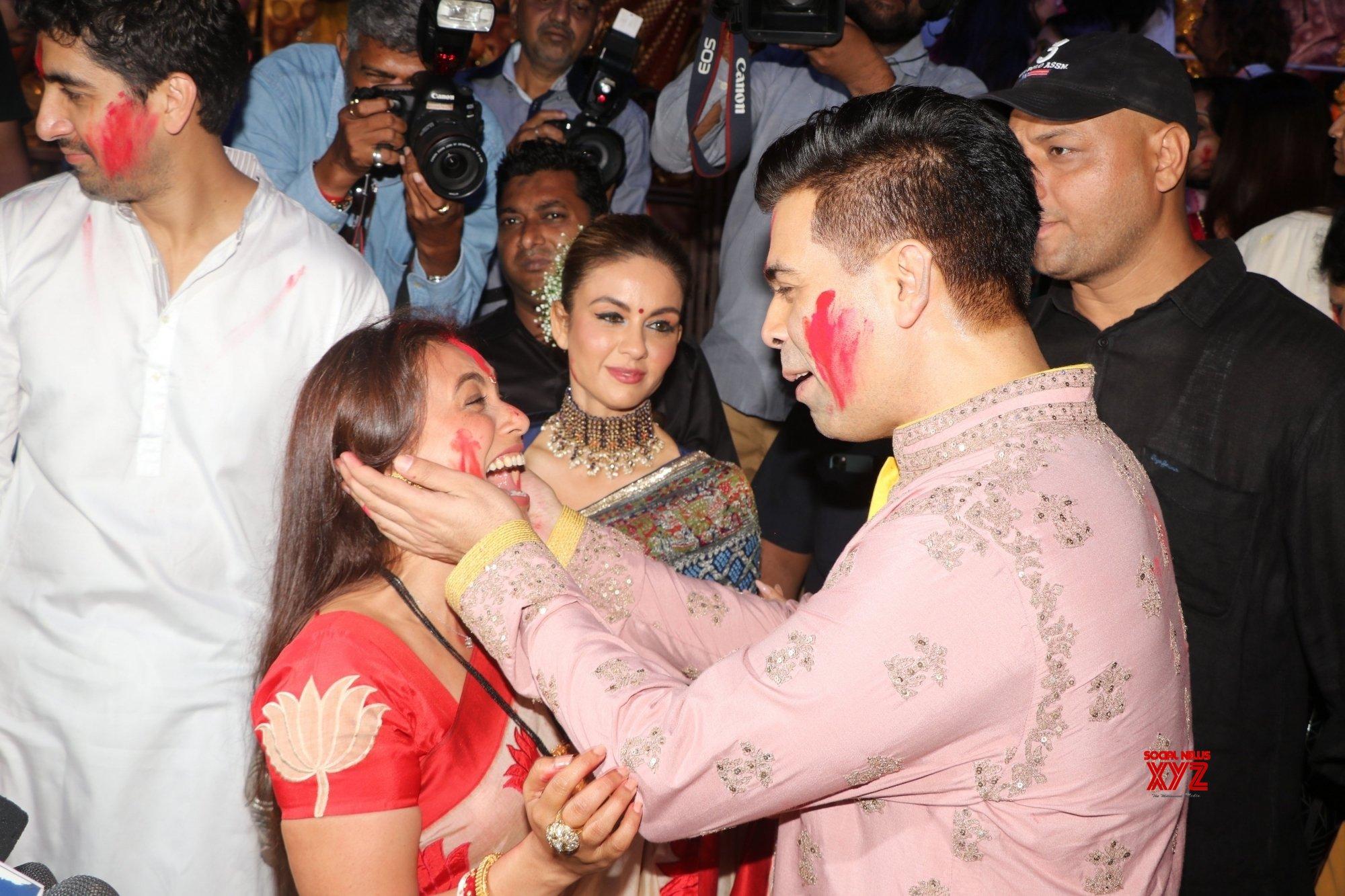 Mumbai: Celebs during Vijayadashami celebrations #Gallery