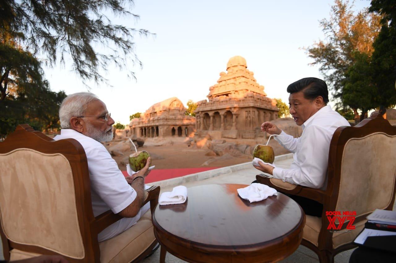Modi, Xi hold extensive tete-a-tete over dinner