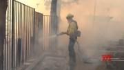 Firefighters battle Southern California blaze [HD] (Video)