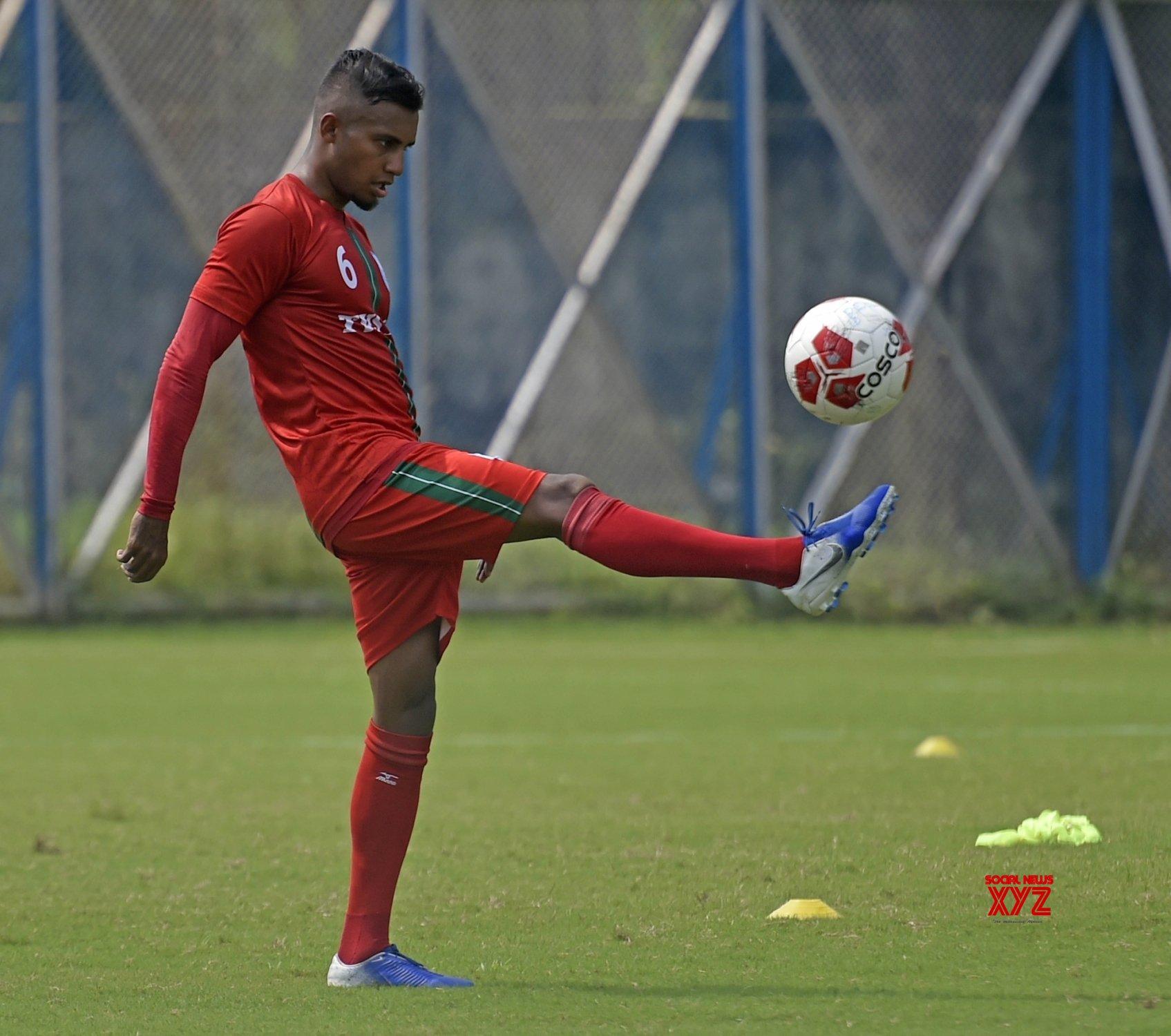 Kolkata: Bangladesh Football team's practice session #Gallery