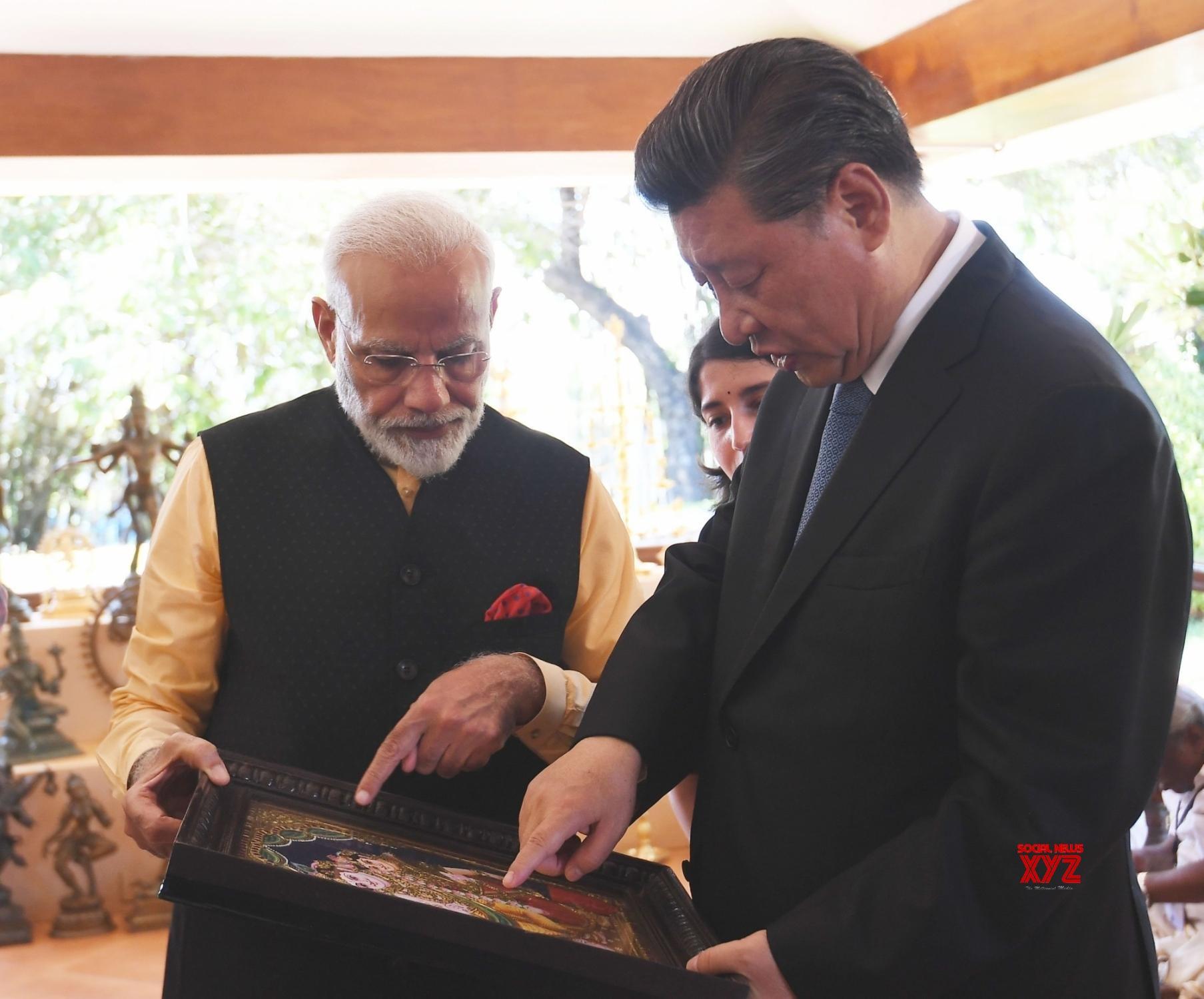 Mahabalipuram: PM Modi, Chinese President exchange gifts on 2nd day of Informal Summit #Gallery