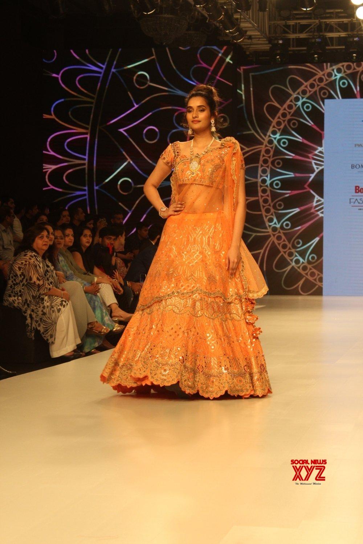 Mumbai: Bombay Times Fashion Week - Daisy Shah walks for Pallavi Goyal #Gallery