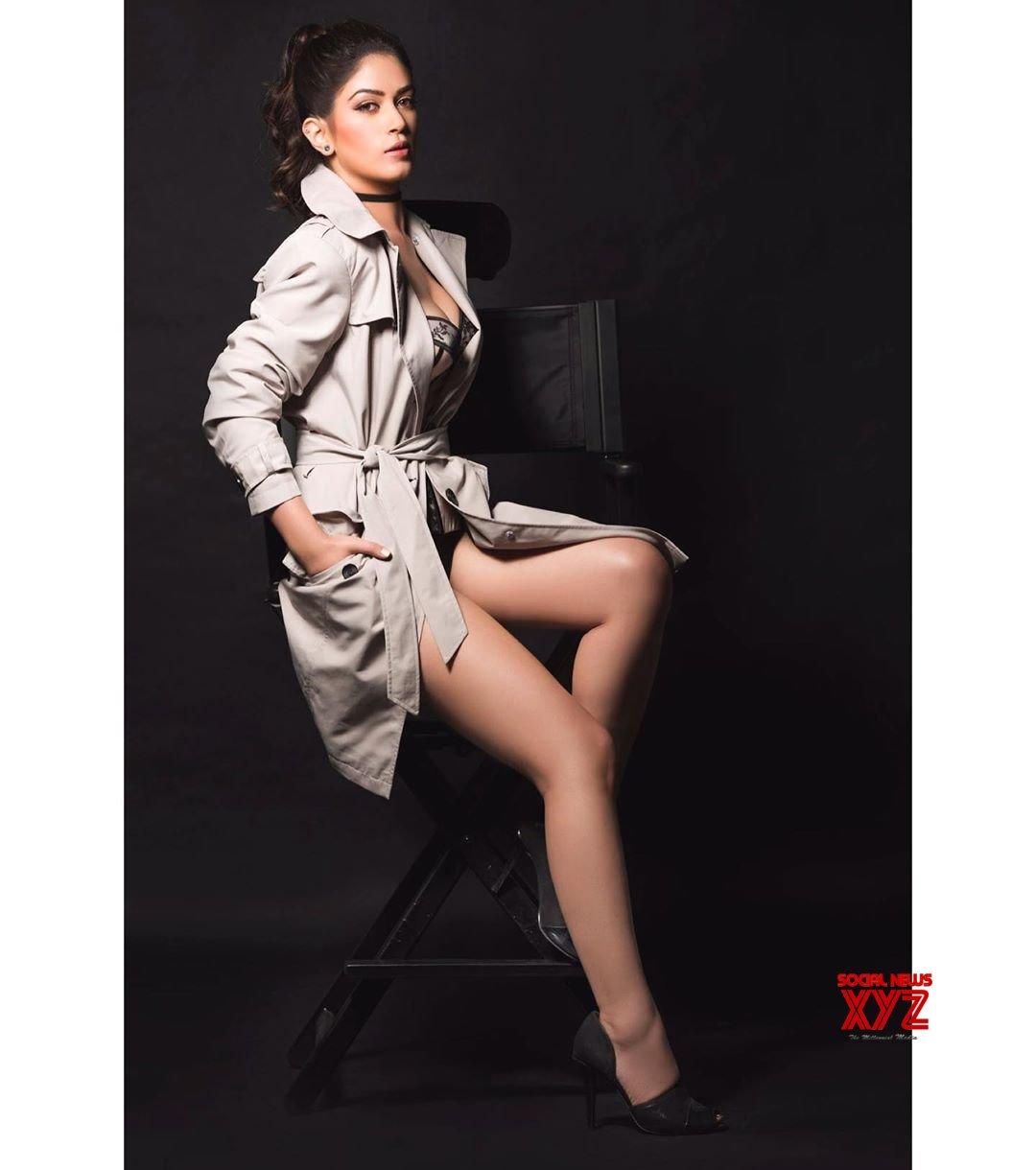 Actress Bandgi Kalra Hot Stills In A Log Coat