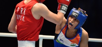 Manju Rani toppled the top seed in her quarter final encounter at the AIBA World Women's Boxing Championships in Russia.