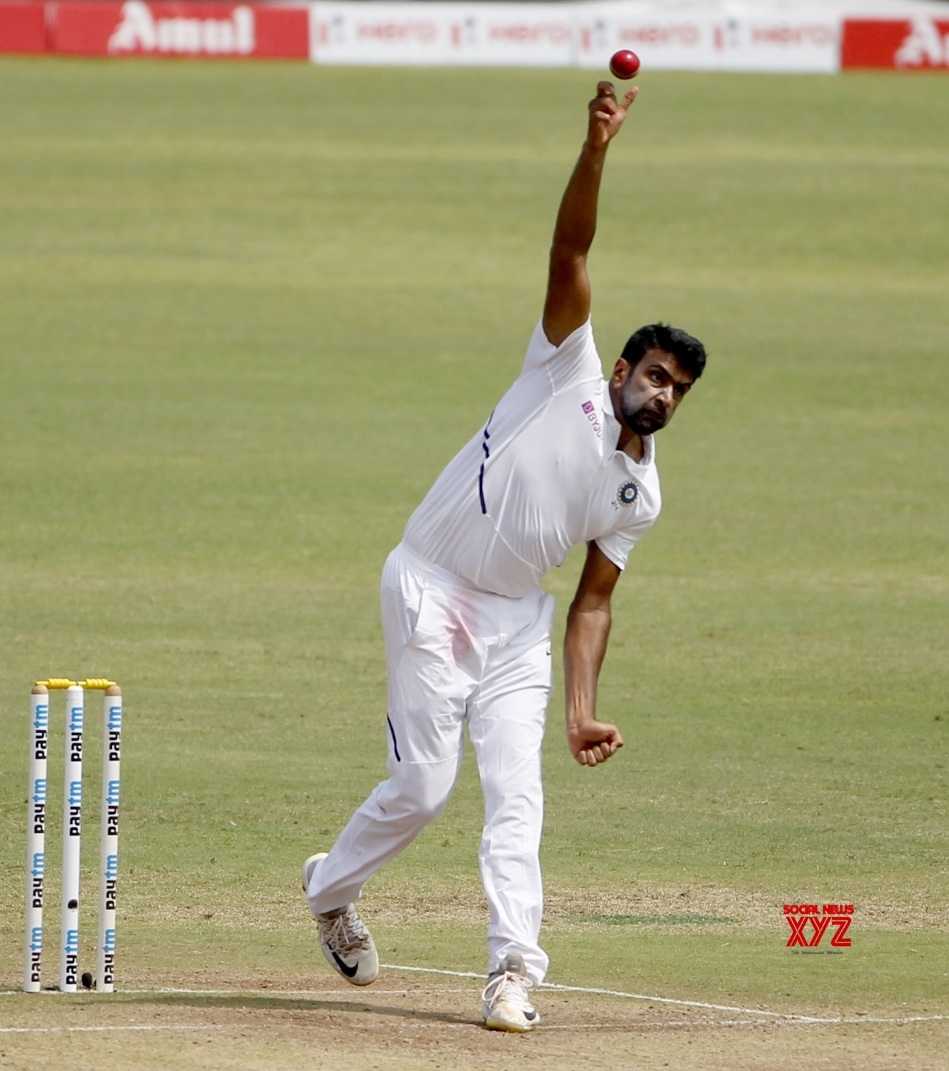 Pune: 2nd Test - India Vs South Africa - Day 3 (Batch - 8) #Gallery