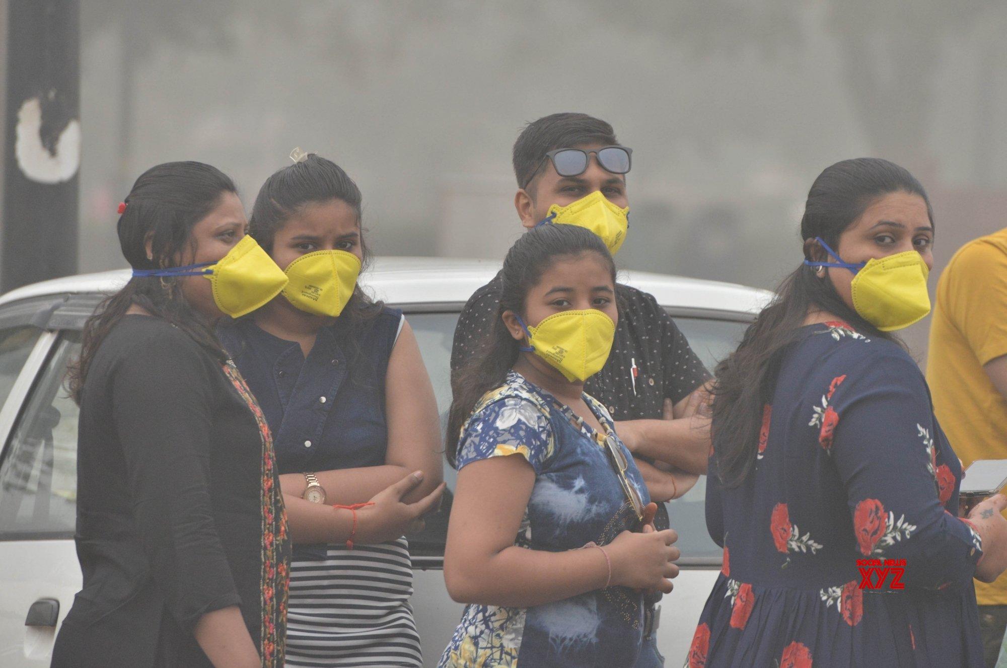 Delhi air quality still 'very poor'