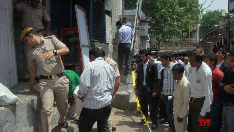 Nobody claps with one hand, says SC on Tis Hazari violence
