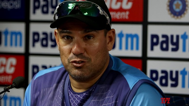 Will target India's inexperienced bowlers: Domingo