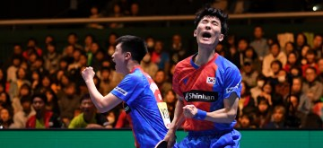 TOKYO, Nov. 9, 2019 (Xinhua) -- Lee Sangsu (R)/Jeoung Youngsik of South Korea celebrate during the men's doubles match against Chen Chien-An/Liao Cheng-Ting of Chinese Taipei at the 2019 ITTF Team World Cup semifinal match between Chinese Taipei and South Korea in Tokyo, Japan, Nov. 9, 2019. (Xinhua/Hua Yi/IANS)