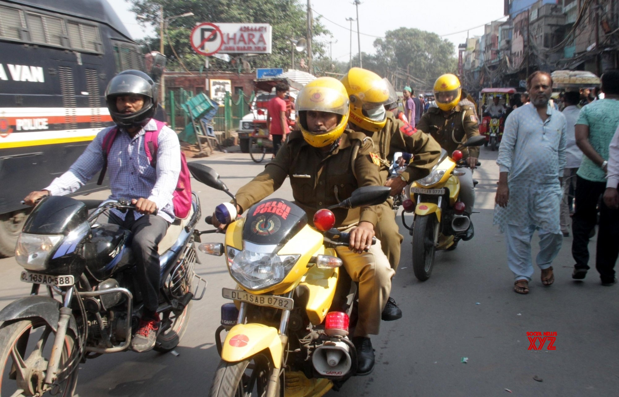 Delhi: Ayodhya verdict - Police takes stock of law and order situation in Old Delhi #Gallery