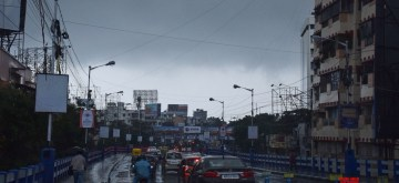 Kolkata: Rains triggered by severe cyclonic storm 'Bulbul' lash Kolkata on Nov 9, 2019. (Photo: Kuntal Chakrabarty/IANS)