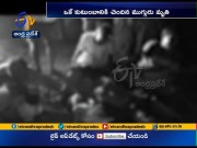 3 killed as lorry hits bike at Chittoor  (Video)