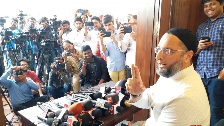If Babri Masjid illegal, why is Advani being tried :Owaisi