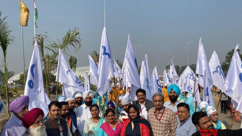 Festivities in Punjab mark Guru Nanak's birth anniversary