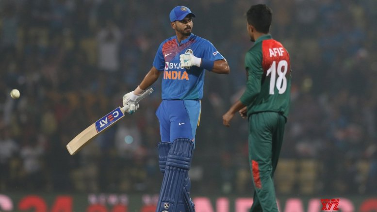 Shreyas, Rahul take India to 174/5 in 3rd T20I