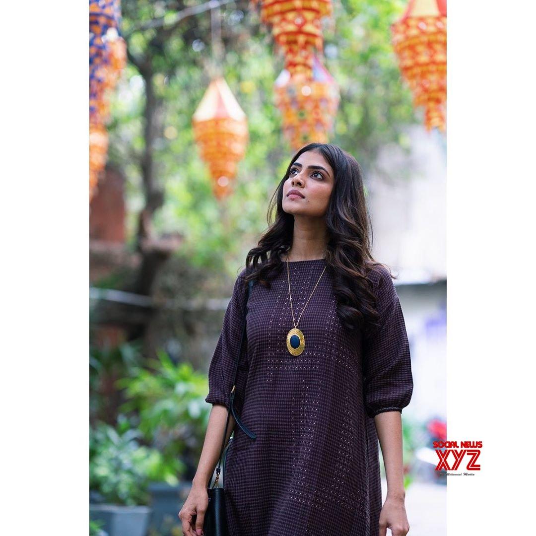 Actress Malavika Mohan Latest Vacation Stills