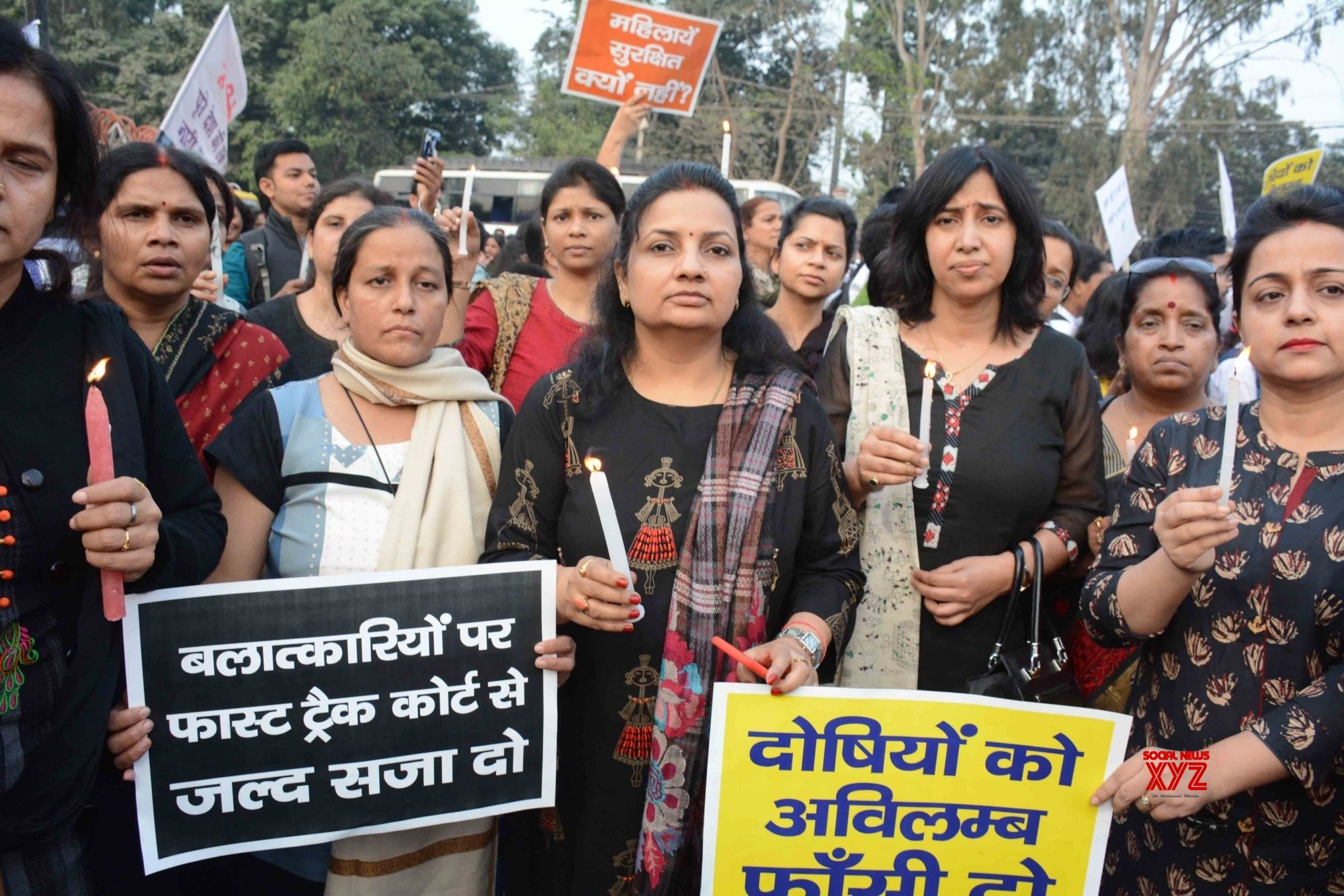 Patna: Women activists protest against Hyderabad gang rape - murder #Gallery