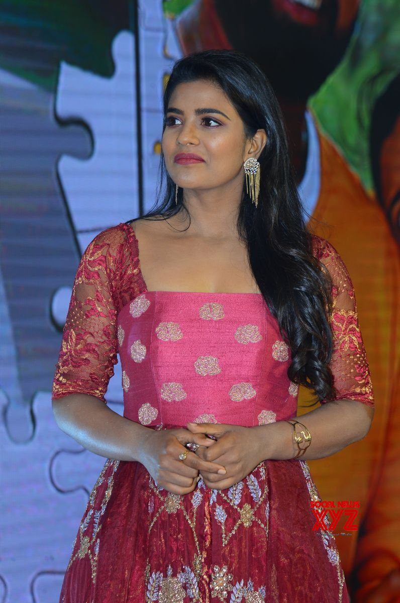 Actress Aishwarya Rajesh Stills From Mis Match Movie Pre Release Event