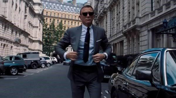 Daniel Craig Is Back As James Bond In No Time To Die