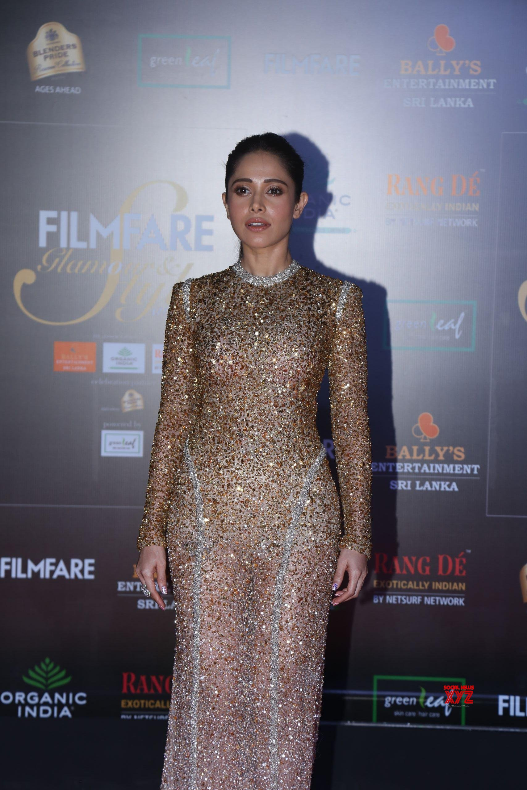 Actress Nushrat Bharucha Hot HD Stills From Filmfare Glamour And Style Awards 2019 Red Carpet