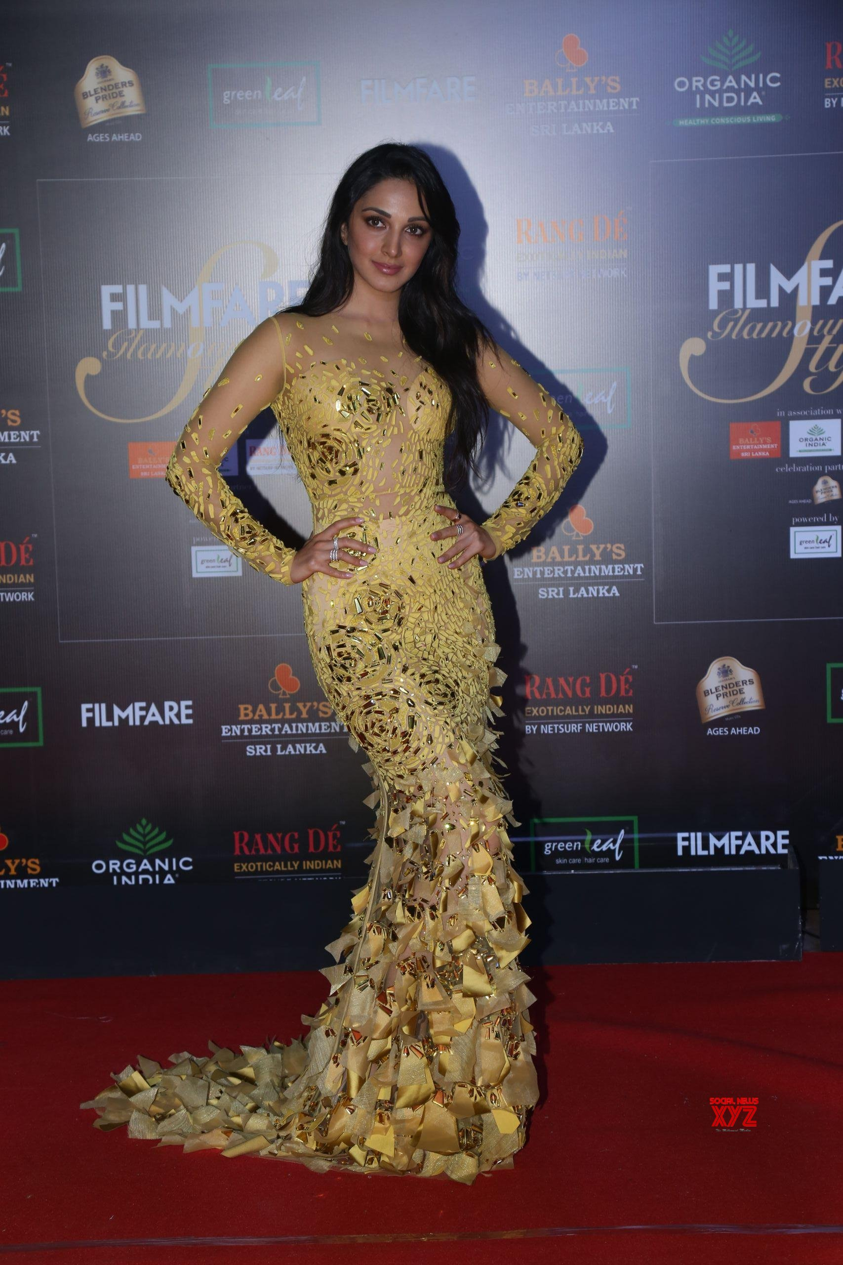 Celebs At Filmfare Glamour And Style Awards 2019 Red Carpet At Taj Lands End In Bandra HD Gallery Set 1