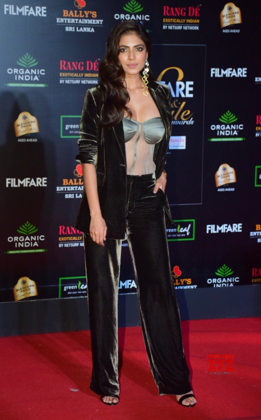 Actress Malavika Mohanan Hot HD Stills From Filmfare Glamour And Style Awards 2019 Red Carpet