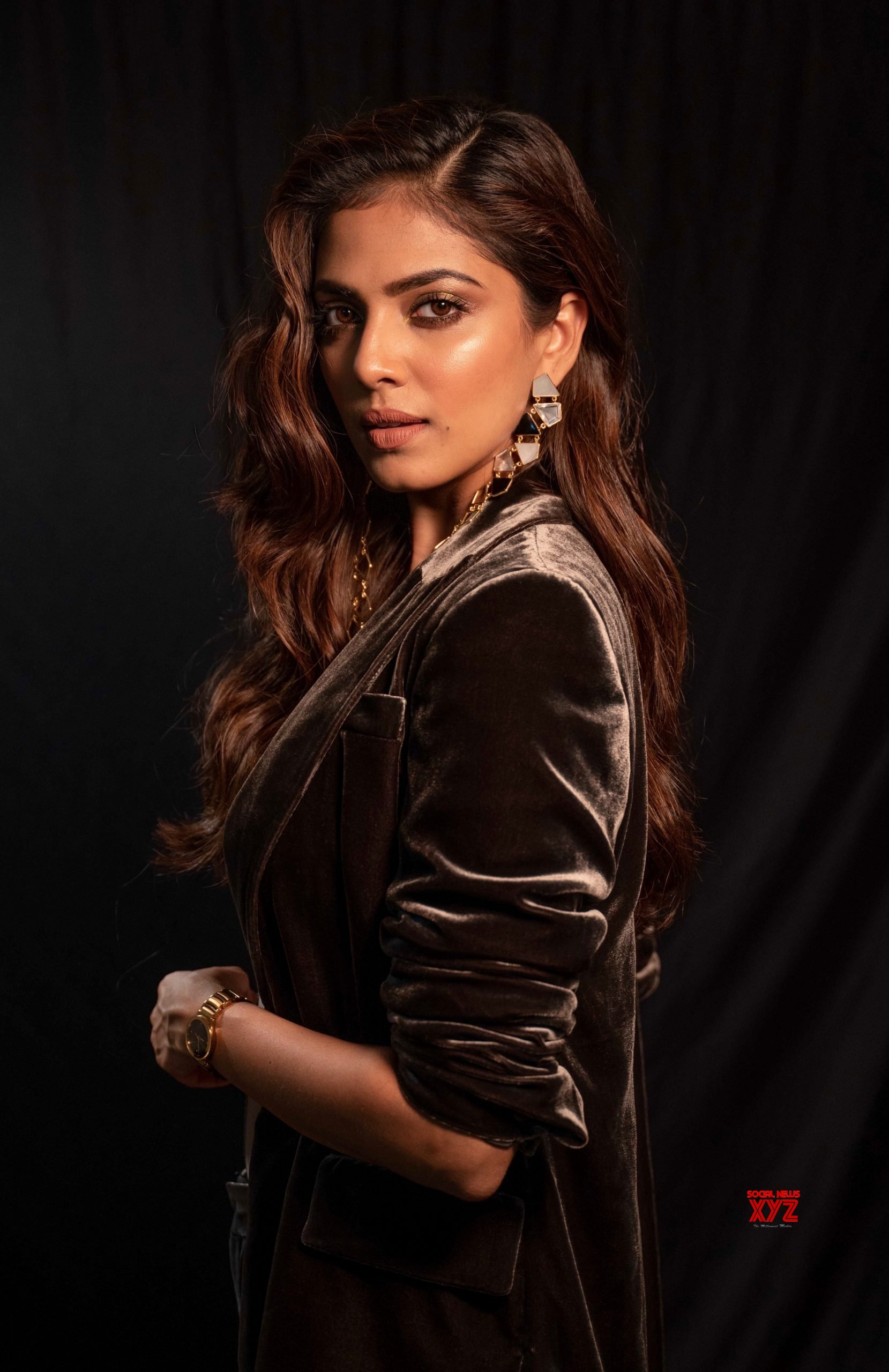 Actress Malavika Mohanan Stills Looking Like An Absolute Diva As She Attends The Filmfare Glamour And Style Awards