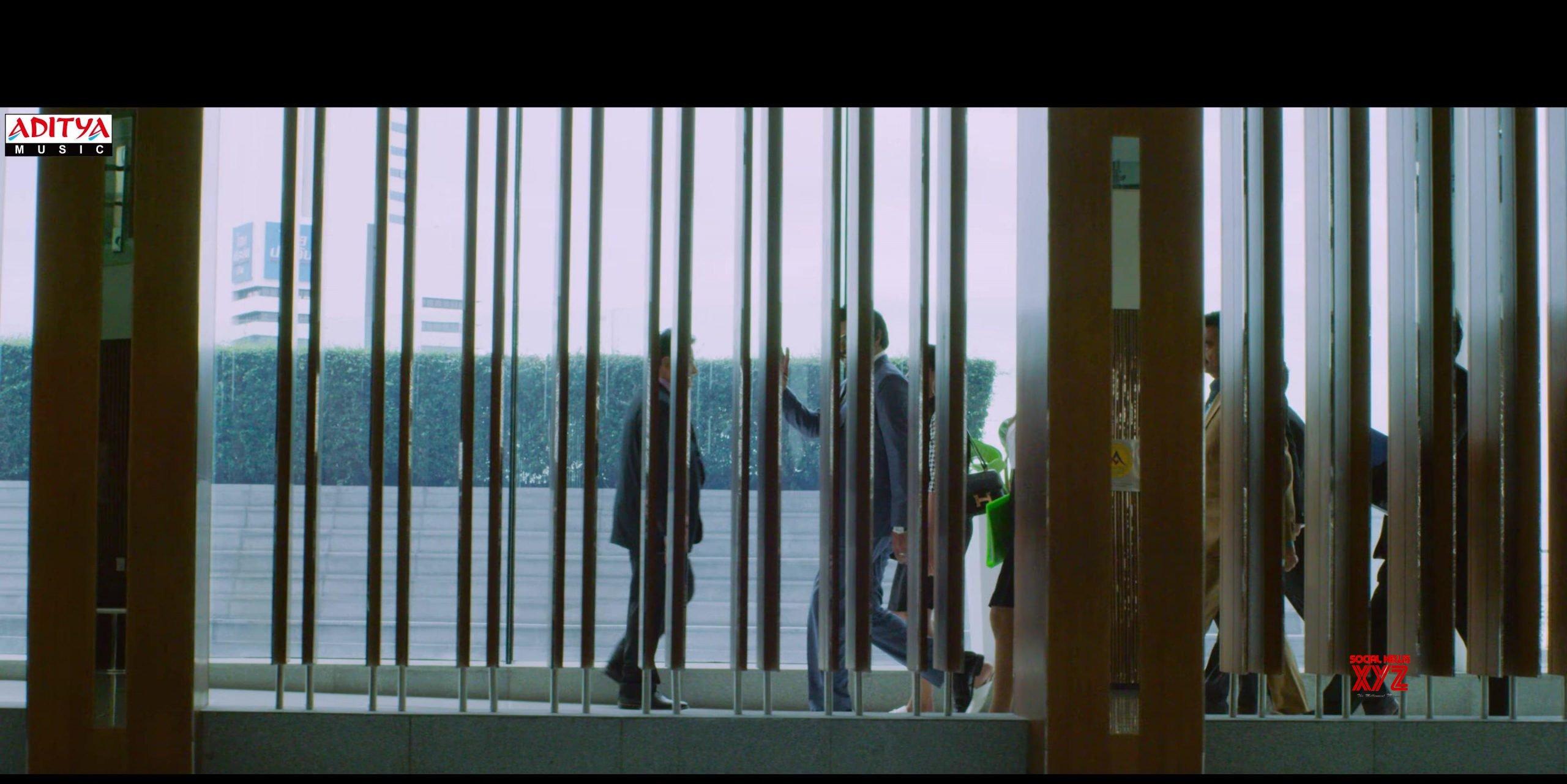 Adugadugo Action Hero Video Glimpse Stills From Ruler Movie
