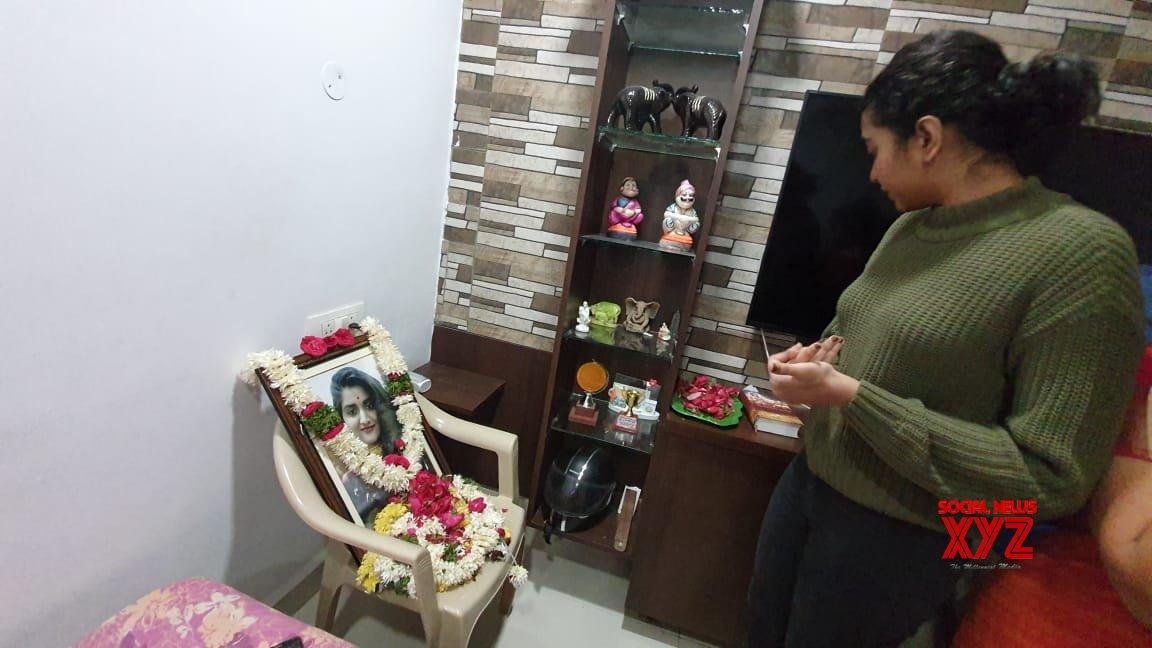 Movie Artists Association Committee Members Visited Priyanka Reddy's Family - Gallery