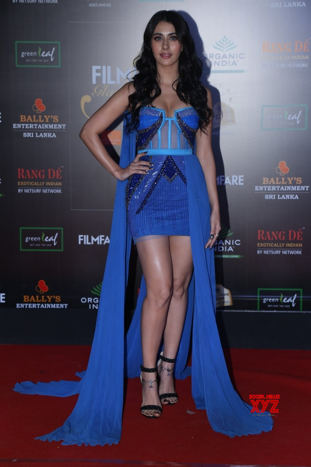 Mumbai: Filmfare Glamour And Style Awards 2019 - Warina Hussain #Gallery