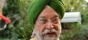 New Delhi: Union Minister for Civil Aviation Hardeep Singh Puri talks to press at Parliament in New Delhi on Nov 27, 2019. (Photo: IANS)