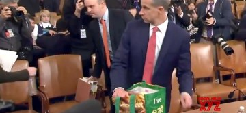 A lawyer representing the Republicans in the ongoing impeachment proceedings against US President Donald Trump before the House Judiciary Committee has come under social media spotlight after he was seen carrying a reusable grocery bag to the hearing.