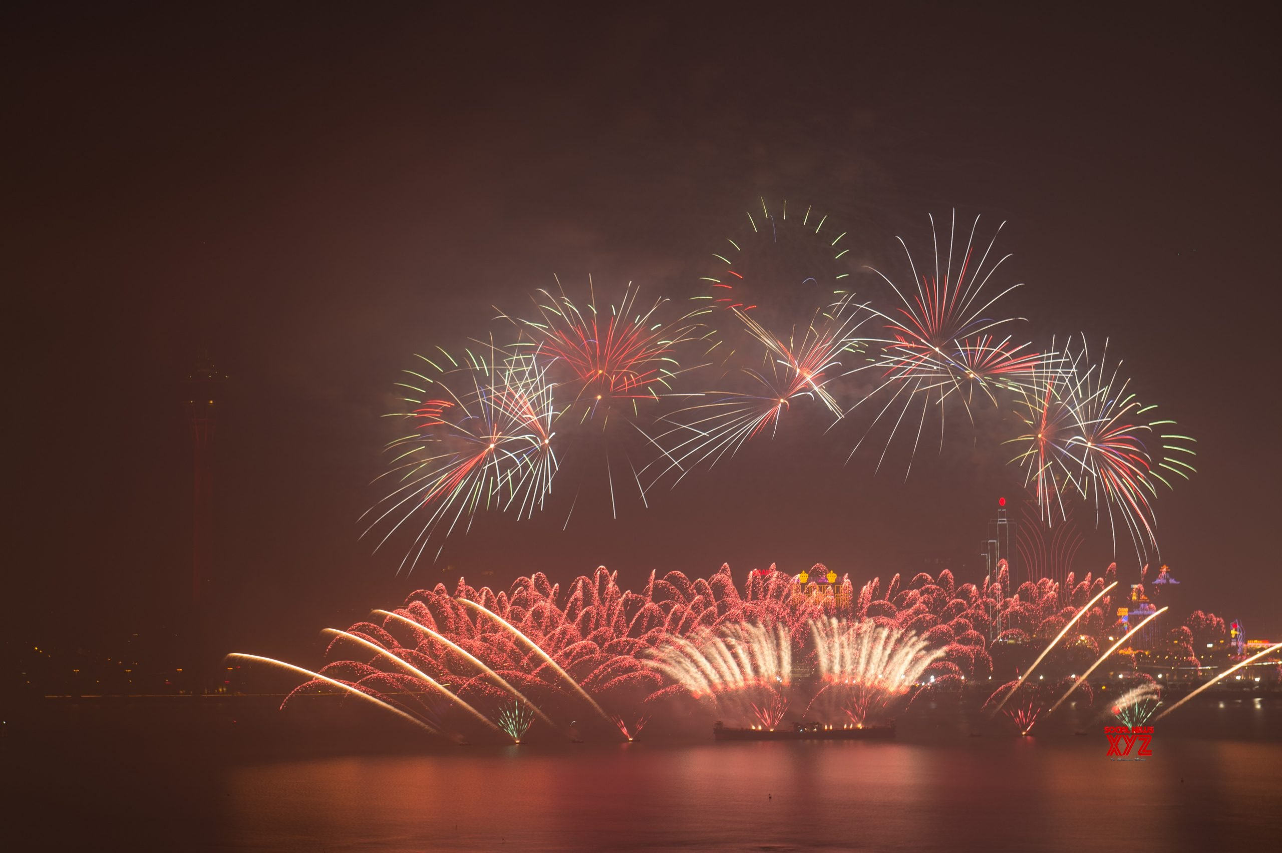 CHINA - MACAO - 20TH ANNIVERSARY - RETURN TO MOTHERLAND - FIREWORKS #Gallery