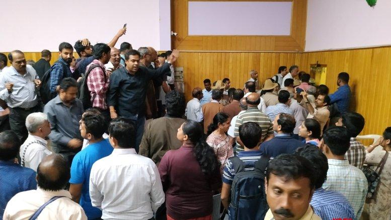 Bengaluru bank vows to return every penny, depositors panic