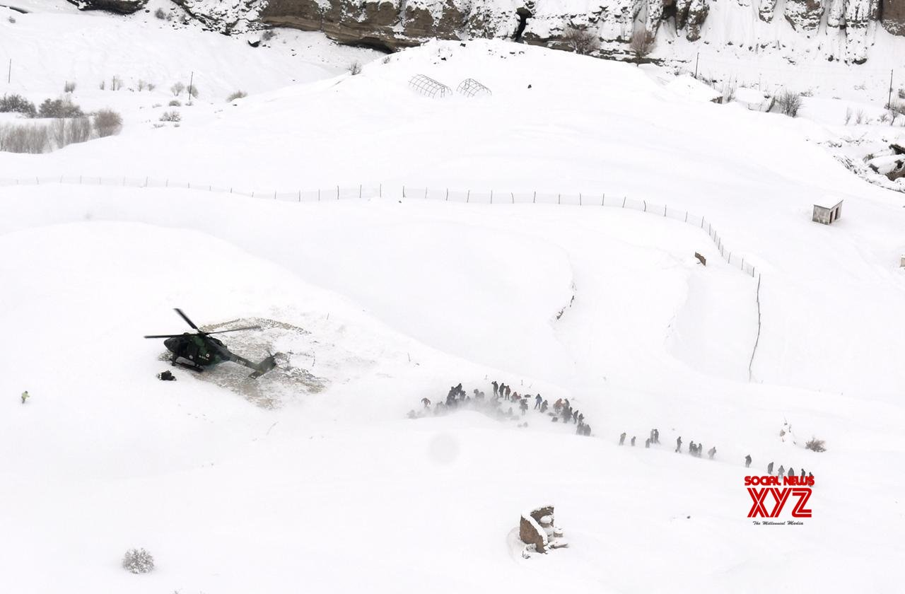 Army rescues stranded 'Chaddar Trek' tourists in Ladakh