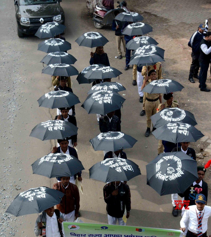 Patna: 'Umbrella Walk' for Road Safety #Gallery
