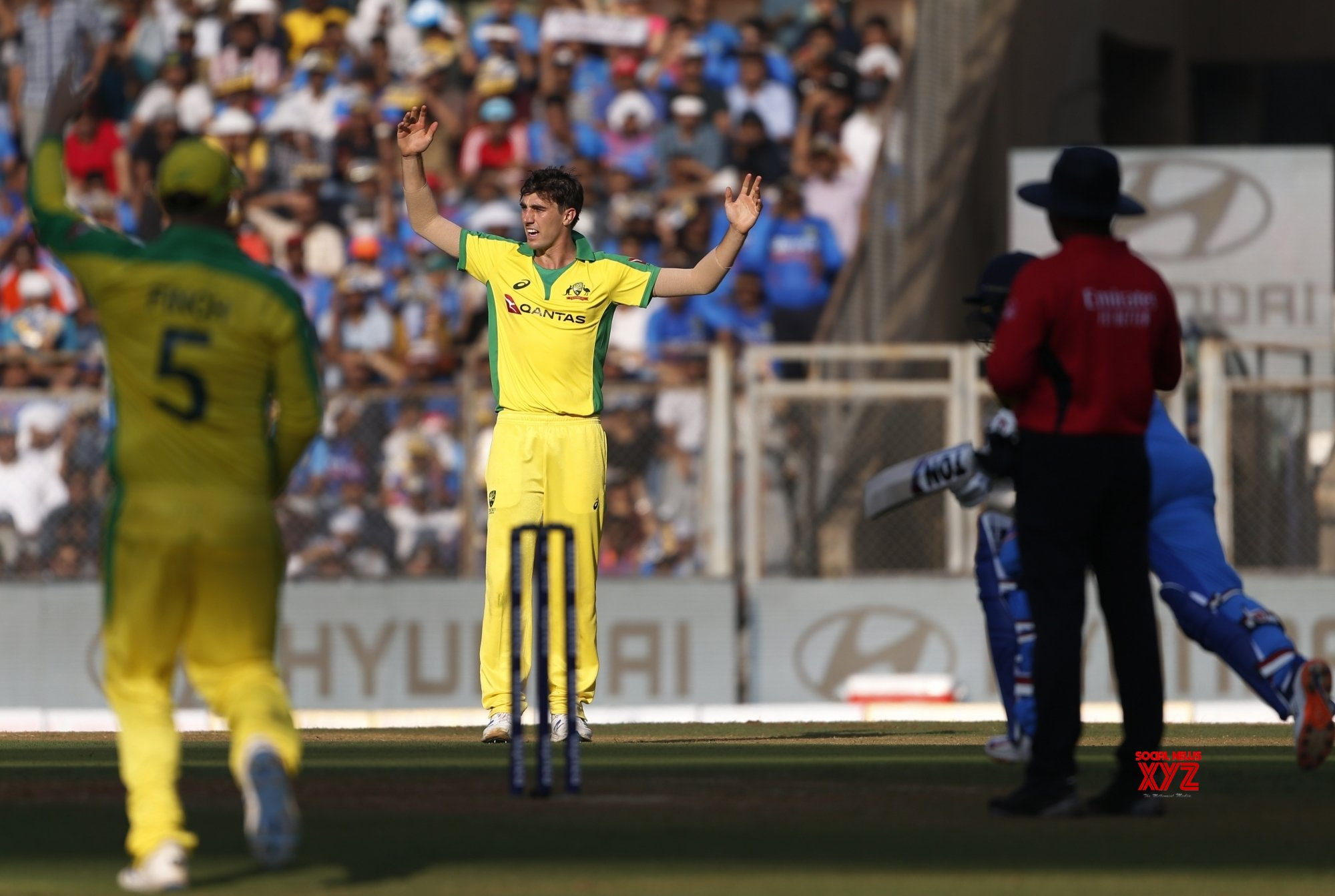 Mumbai: 1st ODI - India Vs Australia (Batch - 28) #Gallery