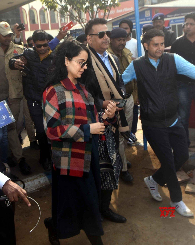 Patna: Kangana Ranaut at Patna Airport #Gallery