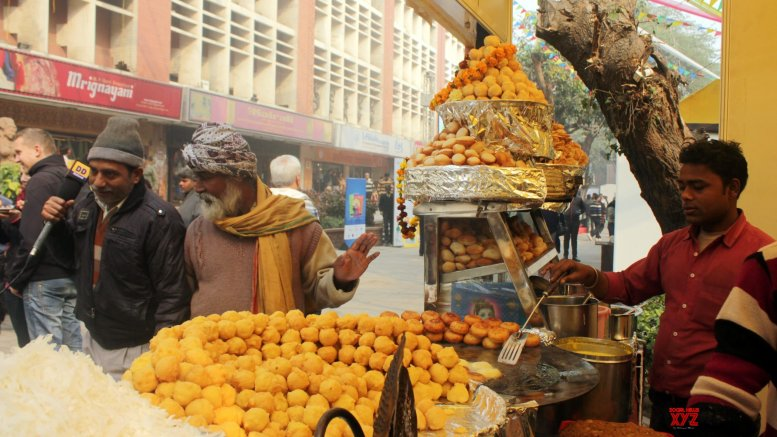 Unlock 2.0: Street food banned in Surat containment clusters