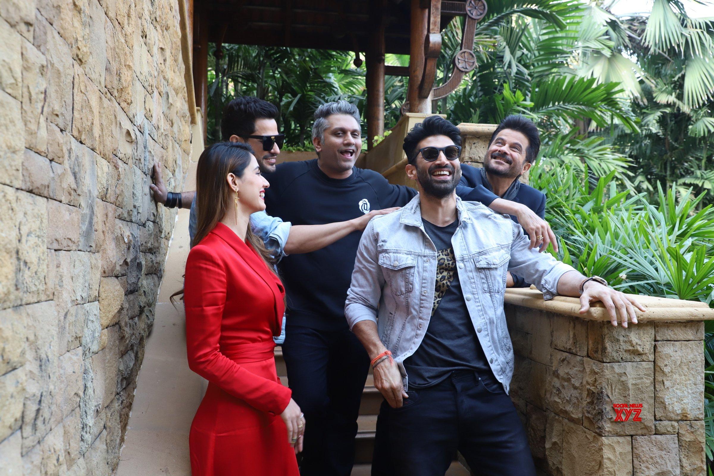 Disha Patani Aditya Roy Kapoor Anil Kapoor And Kunal Khemu Spotted Promoting Their Film Malang At Jw Marriott In Juhu Gallery Social News Xyz