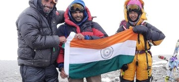 Mumbai: 12-year old Mumbai student, Kaamya Karthikeyan has set a record of becoming the youngest in the world to summit Mt. Aconcagua, the highest peak of the Andes Mountains in Argentina, South America, an official said here on Sunday. Kaamya is a Class VII student of Navy Children School, achieved the feat atop the 6962 metres tall mountain on Feb. 1 where she unfurled the Indian Tricolour. (Photo: IANS)