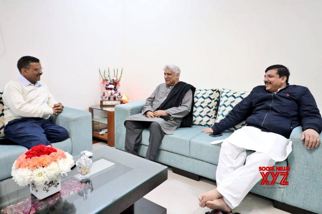 New Delhi: Javed Akhtar meets Arvind Kejriwal, Sanjay Singh #Gallery