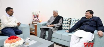 New Delhi: Political activist, poet, lyricist and screenwriter Javed Akhtar meets AAP national convenor Arvind Kejriwal and the party's Rajya Sabha MP Sanjay Singh to congratulate the ruling party on their landslide victory in the Delhi polls 2020, on Feb 14, 2020. (Photo: IANS)