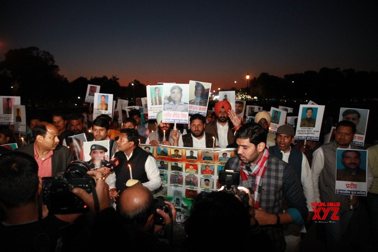 New Delhi: Congress activists pay homage to Pulwama martyrs #Gallery