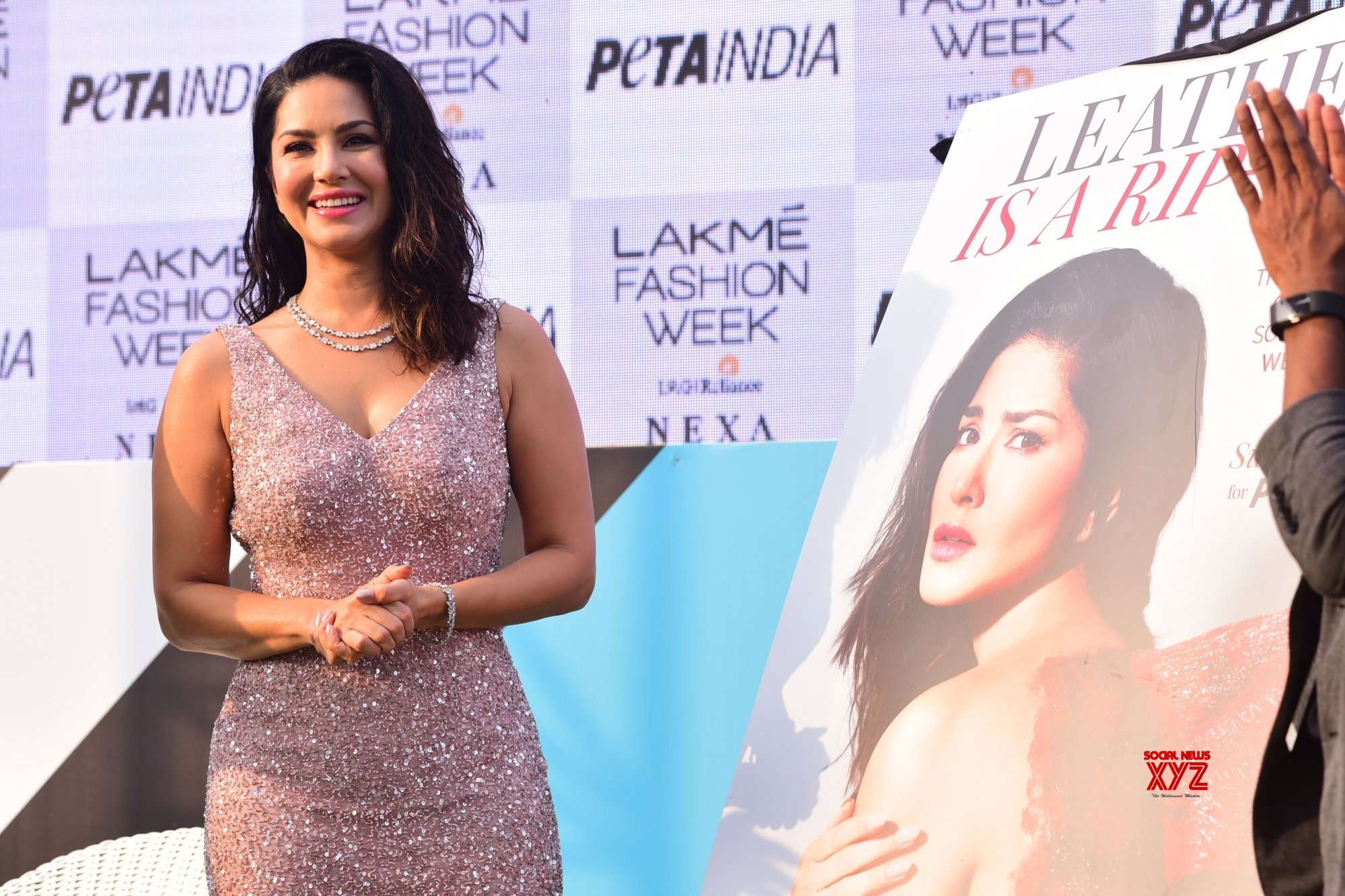Mumbai: Sunny Leone at Lakme Fashion week Day 3 #Gallery
