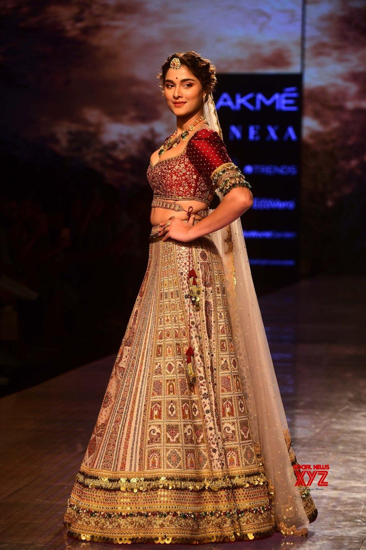 Mumbai: Lakme Fashion Week Day 4 #Gallery