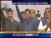 Arvind Kejriwal Invites PM Modi   for His Swearing - in Ceremony   on Sunday  (Video)