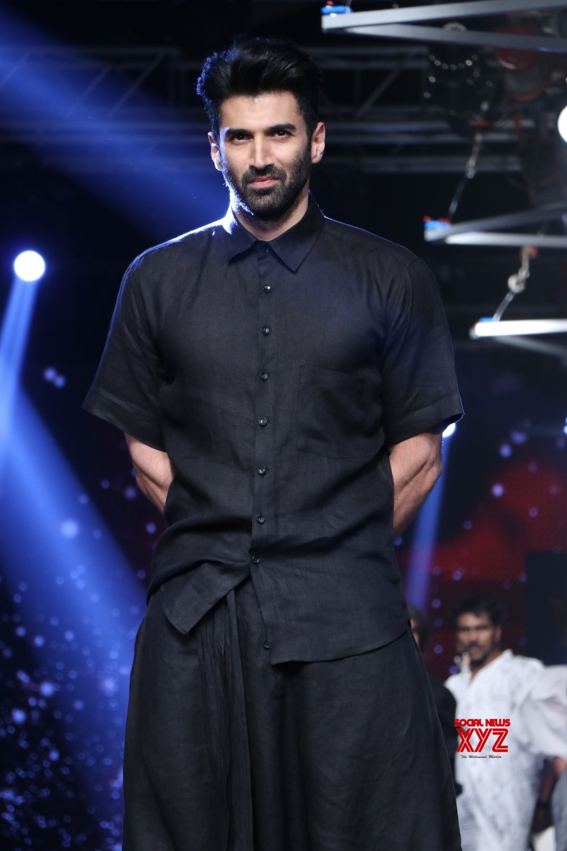 Mumbai: Aditya Roy Kapoor at Lakme Fashion Week #Gallery